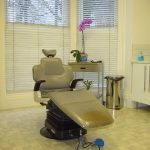 Teeth Whitening Before or After Dental Implants?